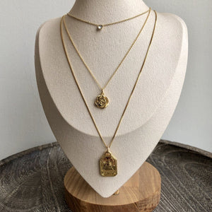 Load image into Gallery viewer, Gold Rose Necklace