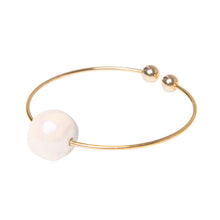 Rigid bracelet ball
