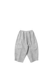 thin stripe baggy shorts