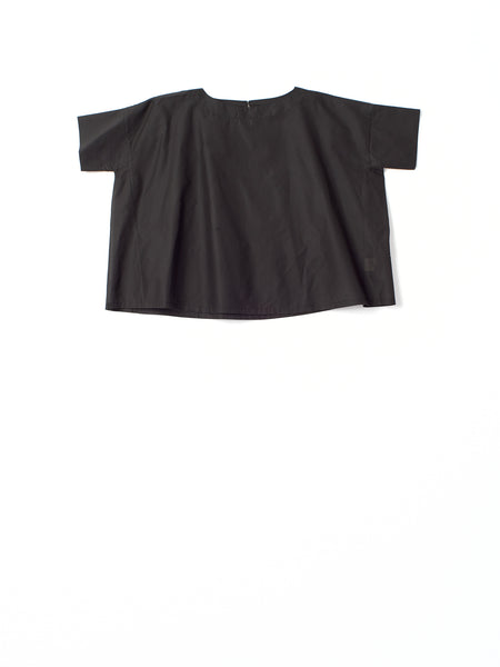 black tshirt in crispy cotton
