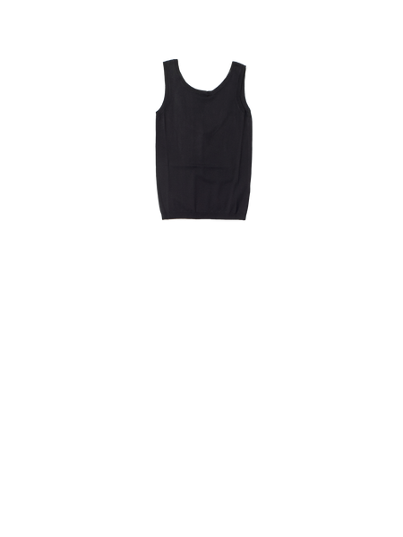 black knitted vest