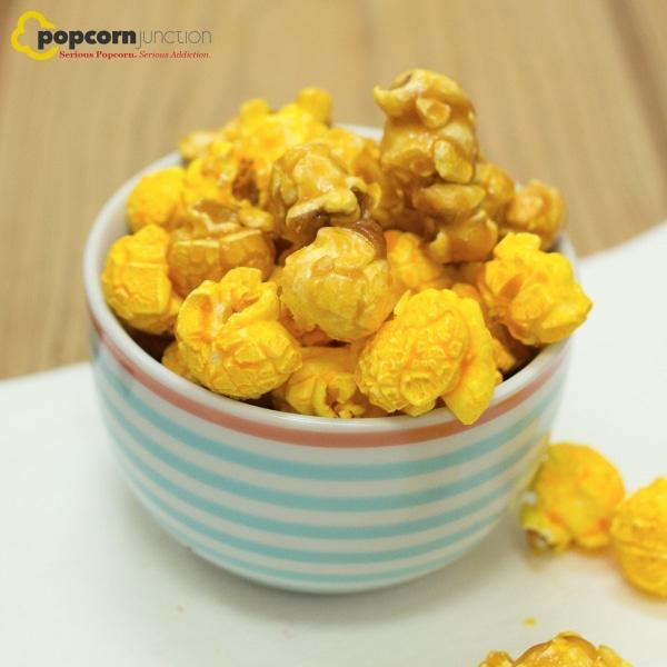 Small Bag (16 Cups Or 8 Servings) Cheddar & Caramel Mixed Popcorn
