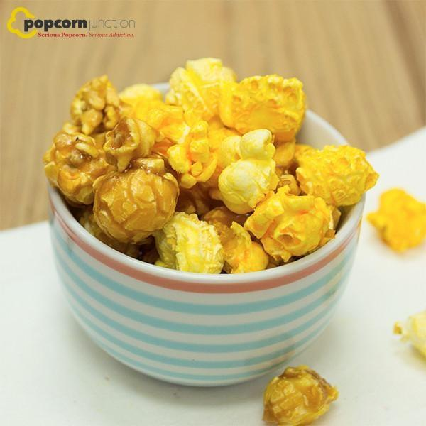 Small Bag (16 Cups Or 8 Servings) Butter Cheddar & Caramel Mixed Popcorn