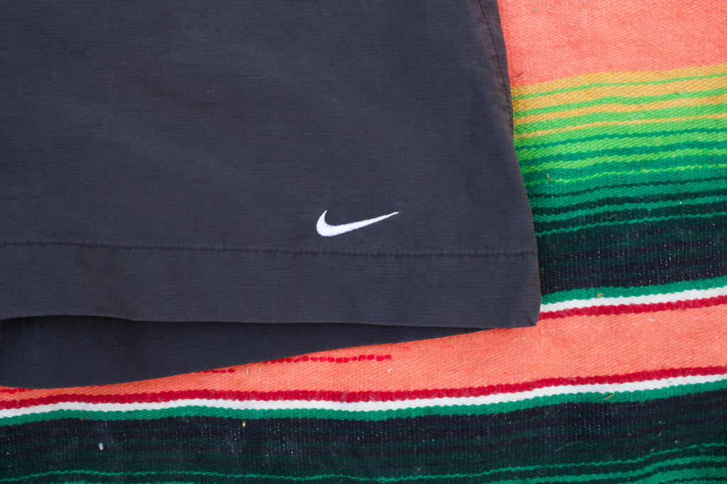 Retro Nike Tennis Shorts - XL