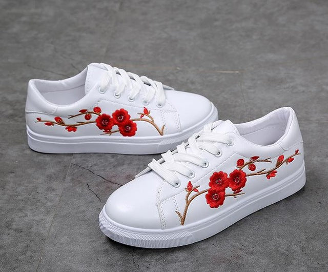 White shoes women platform loafers embroider creepers spring lace up white shoes women platform loafers embroider creepers spring lace up flats casual flowers shoes mightylinksfo