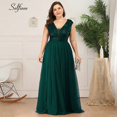 Plus Size Dress Sequined A-Line V-Neck Sleeveless Tulle Maxi Sparkle Party Dress