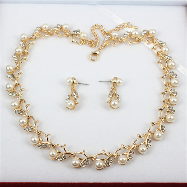 Classic Imitation Pearl Necklace Gold Jewelry Set for Women Clear Crystal Elegant Party Gift Costume