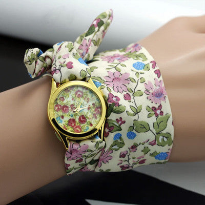 Sloggi Design Ladies Flower Cloth Wristwatch Sweet Girls Bracelet Watch