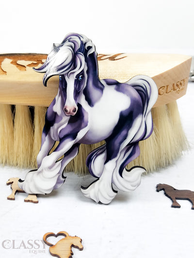 Traditional Turning Tobiano Gypsy Horse Ornament