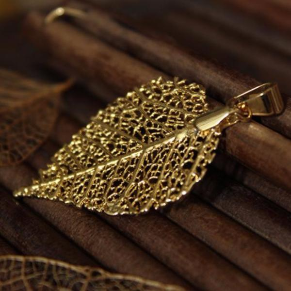 Water drop Pendant made with Cerrado leaf - Simply Nature Bio Goods