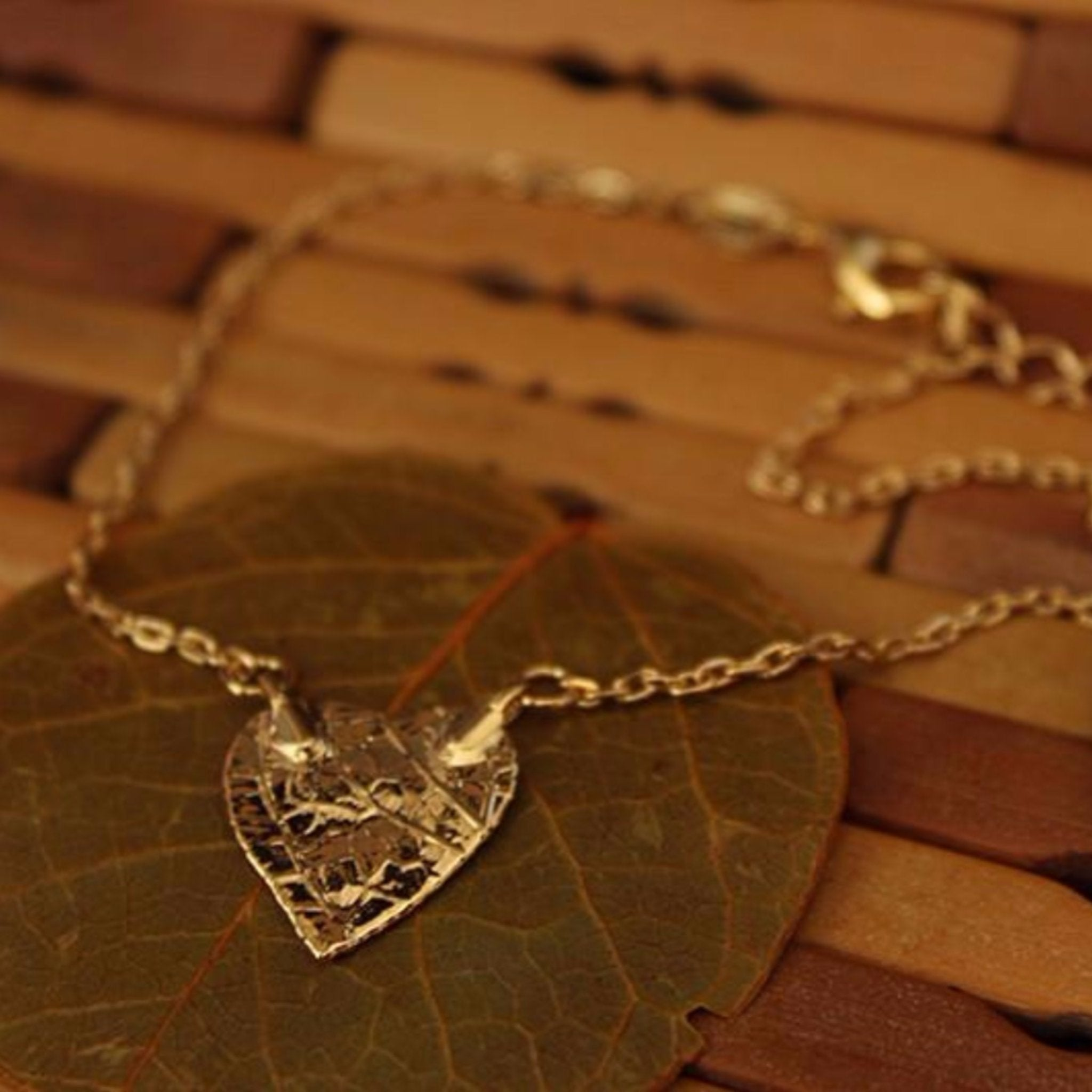 bracelet formato simply ankle made coracao anklet do shaped cerrado leaf gold nature with products heart tornozeleria