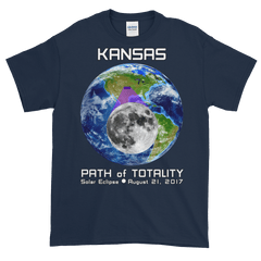 Men's Solar Eclipse Short Sleeve T-Shirt - Kansas - Earth/Moon - Path of Totality August 21, 2017