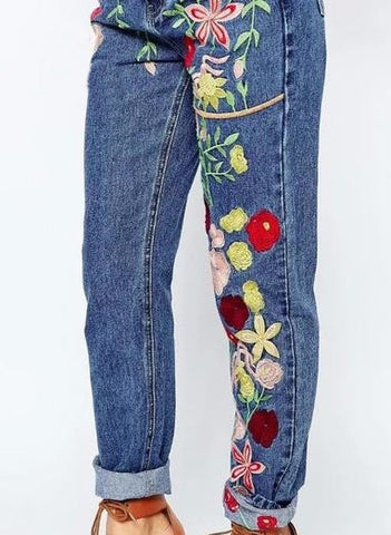 Floral Embroidery Jeans - NenaBella