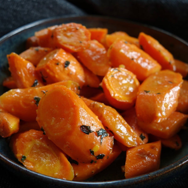 Steam Roasted Orange and Ginger Carrots with Mint