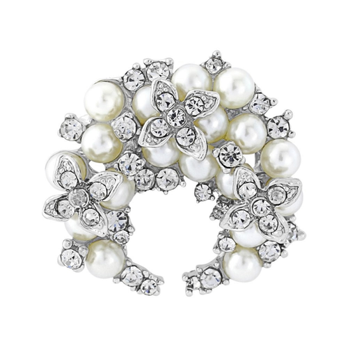 Chic Pearl Brooch