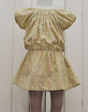 Robe Gold-Robe-Tale Me