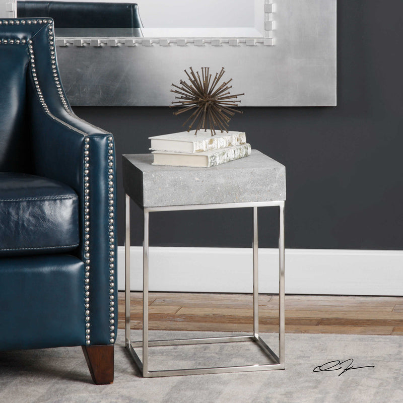 COCNRETE ACCENT TABLE