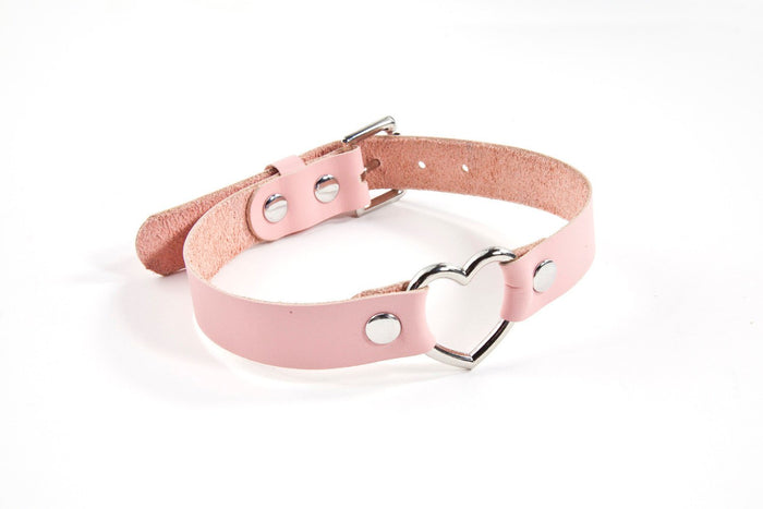 L'Amour-Propre - Pink Leather Heart Day Collar