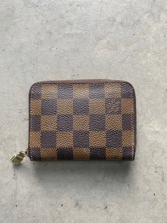 Louis Vuitton Zip Card Holder