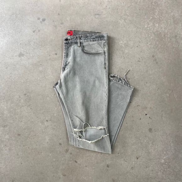 424 Distressed Denim