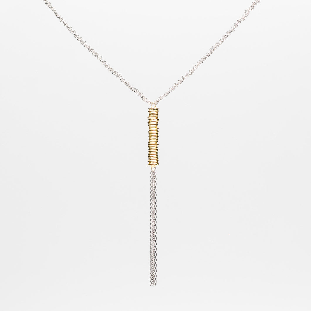 Plaited-chain-and-tassel-bar-necklace