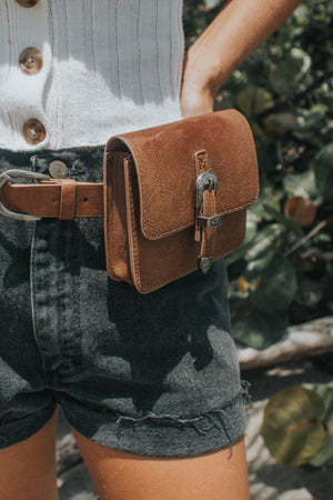 Western Belt Bag Tan