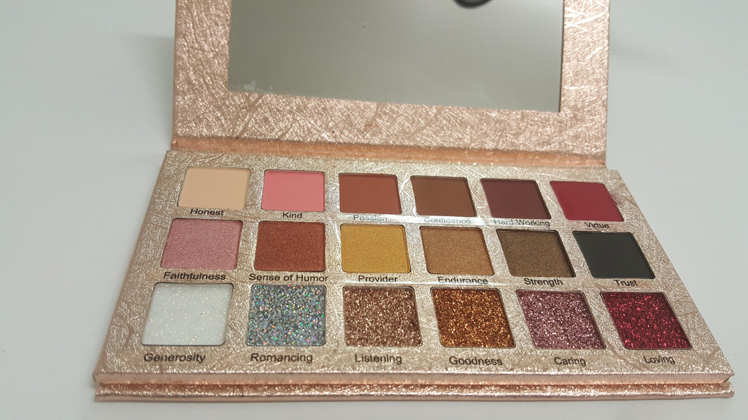 Thee Firstlady Vol I (18 Color Eyeshadow Palette)