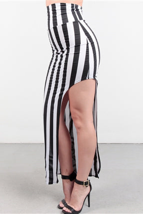 SF BLACK AND WHITE SLIT SKIRT