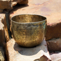 Soul purifier Tibetan singing meditation budddhist prayer music himalayan singing bowl sound.