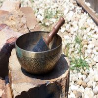Tibetan prayer himalayan samsara unique and simple singing meditation bowl in wholesale price.