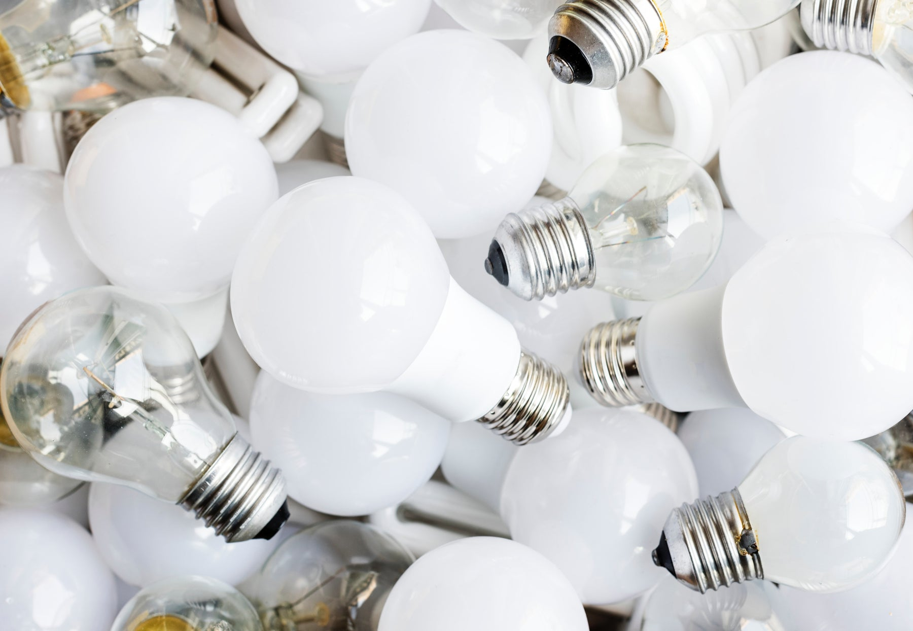 LED Lights Vs Fluorescent Tubes - A Question of Health and Energy Savings