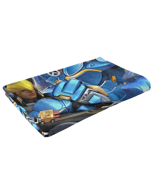 Pharah Fluffy Blanket