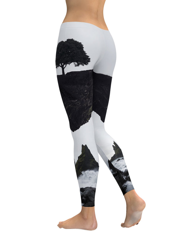 Floating Island Leggings