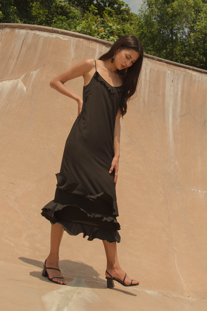Oasis Maxi in Black