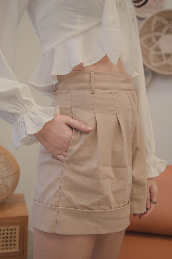 Daily Basis Shorts in Nutmeg Beige
