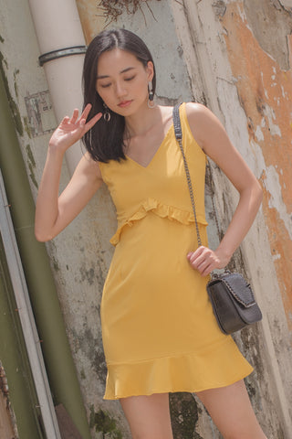 Twist It Dress in Butter Cream Yellow