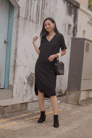 Hot Fix Buckle Midi in Black