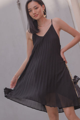 Happy Hour Dress in Black