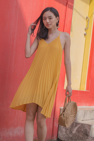Hang On Dress in Daffodil