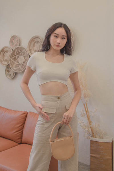 Bell Curve Top in White
