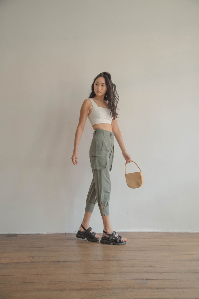Undercover Pants in Oil Green