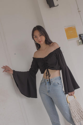 Switch Two Way Top in Black