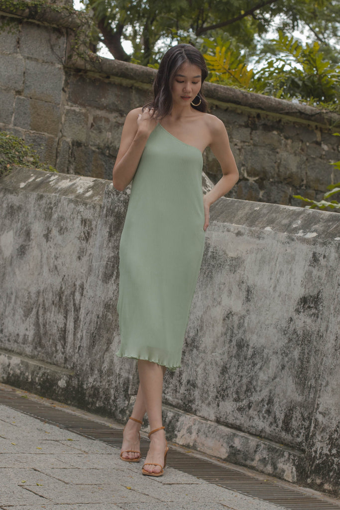 Oh Pleats Midi in Mint