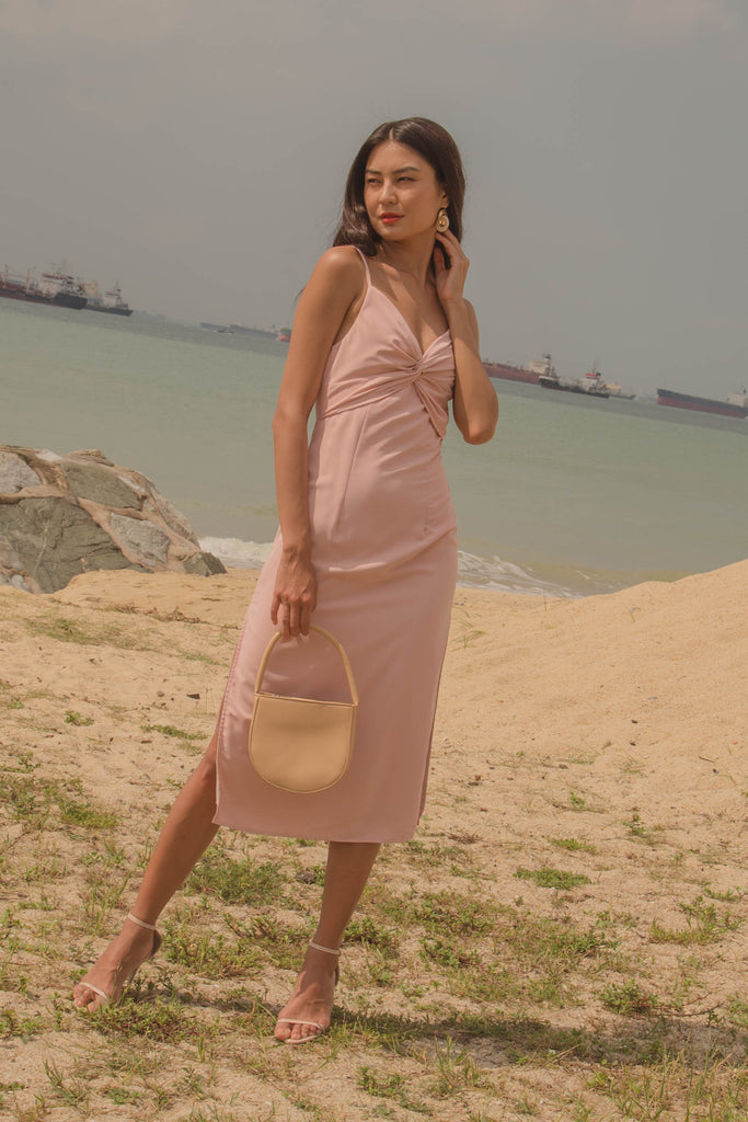 Tea Party Midi in Pastel Pink