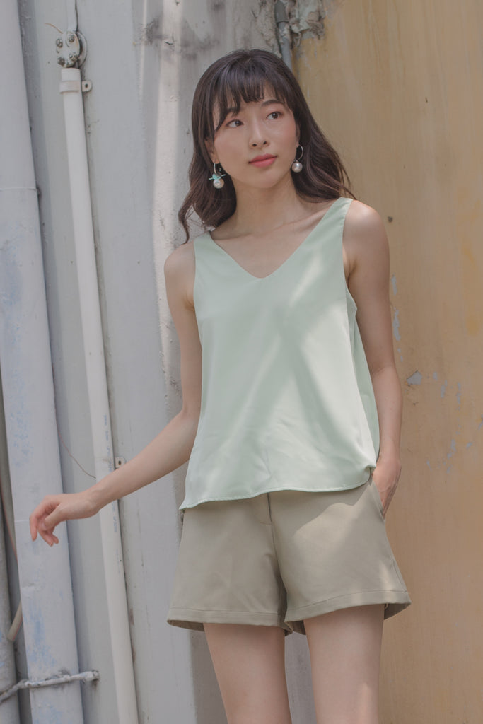 Ease Top in Baby Green