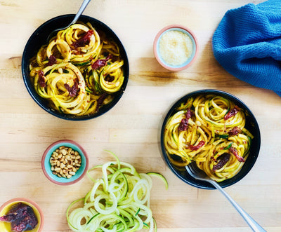 Healthy Zoodles with Creamy Sun-Dried Tomato Sauce