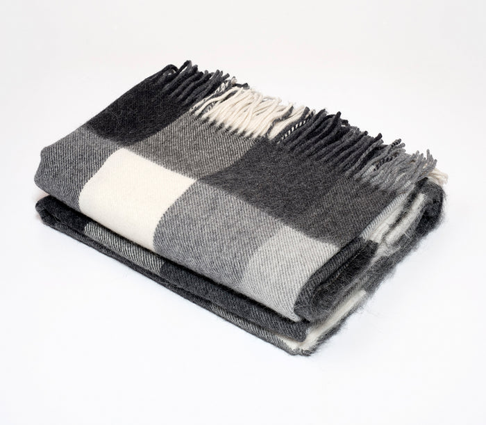 Alpaca Classic Check Throw Black/Cream