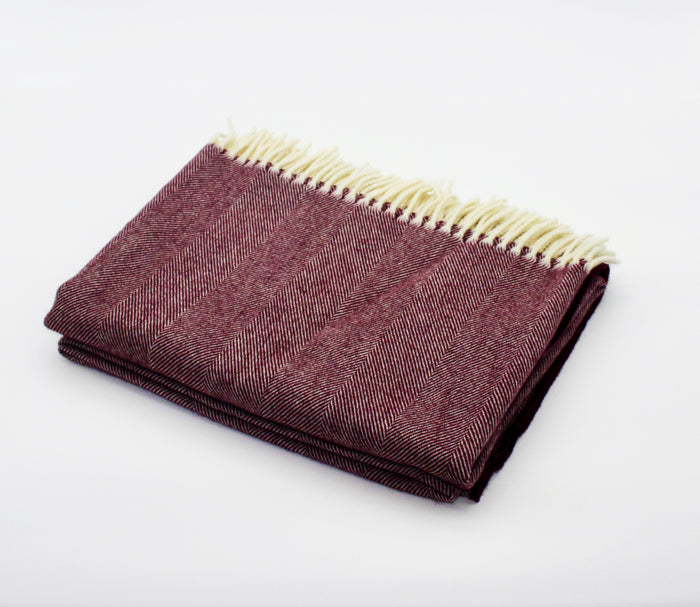 Merino Wool Collection Throw in Grape