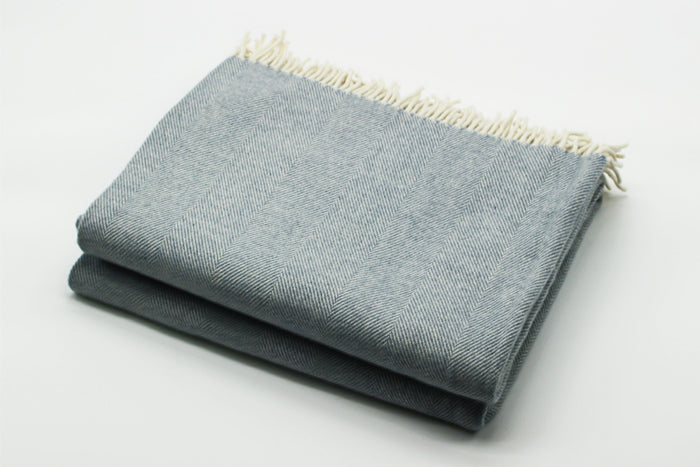Merino Wool Collection Bed Throw in Light Blue