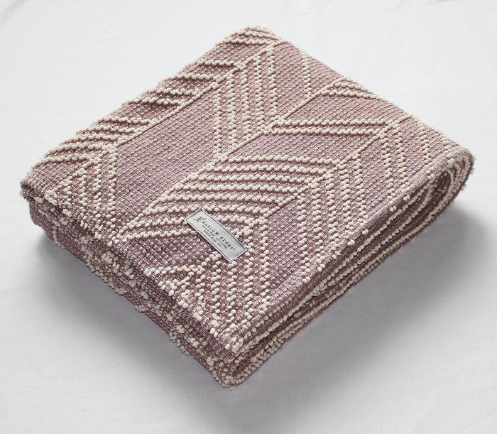 Arrows Cotton Throw in Plum/Natural